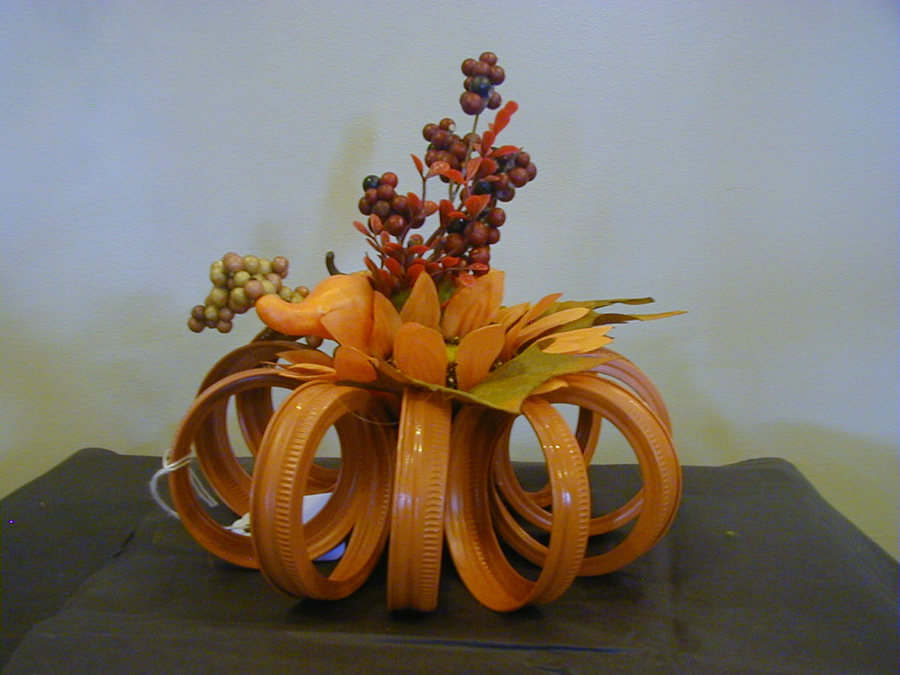 Metal Pumpkin Arrangement